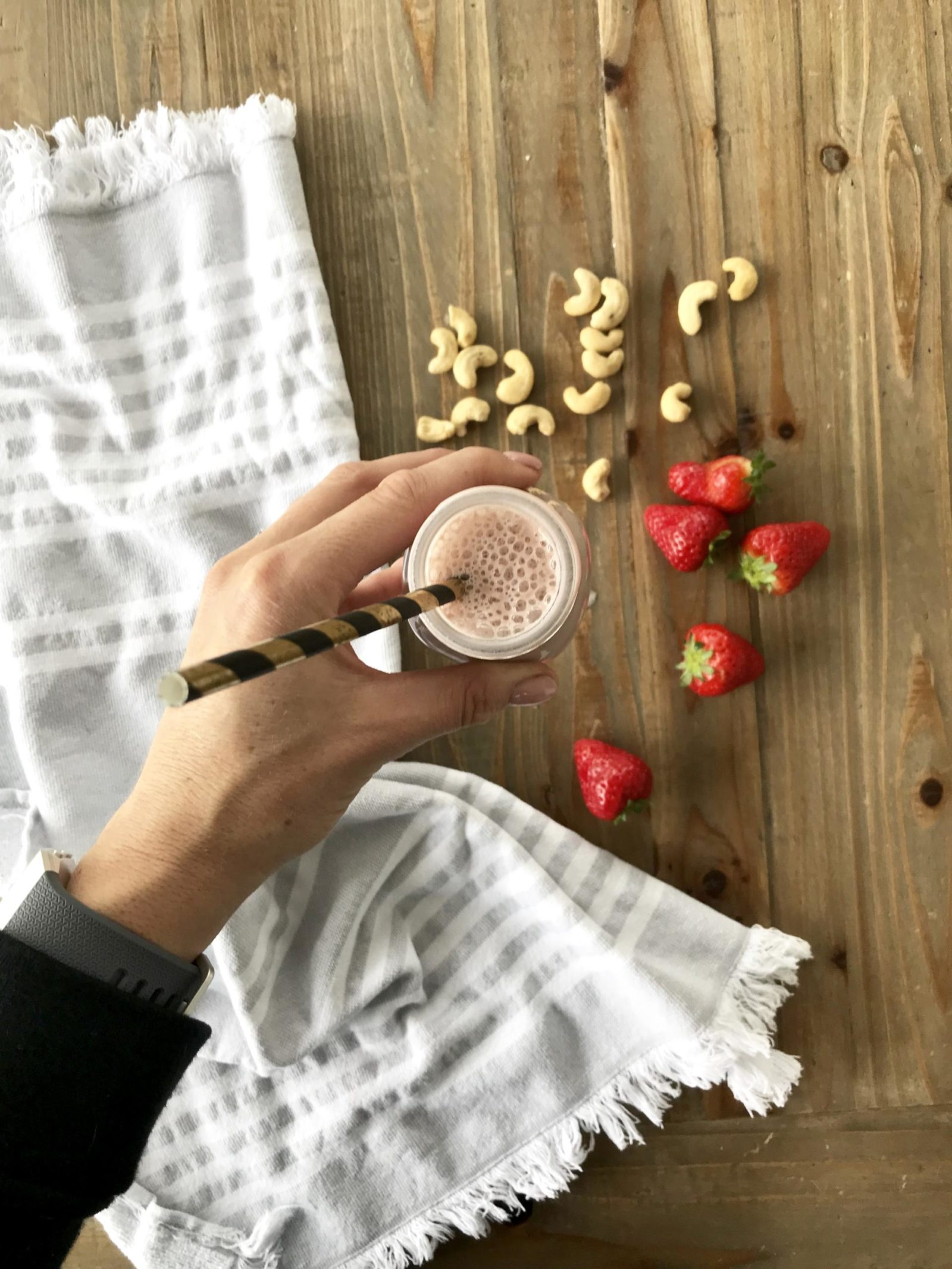 strawberry cashew milk nut milk